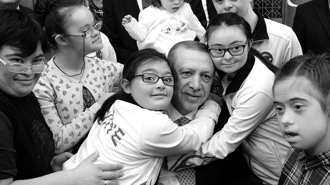 Erdoğan'dan Down Sendromu Günü mesajı: Farkındalığınızla dünyamızı güzelleştiriyorsunuz