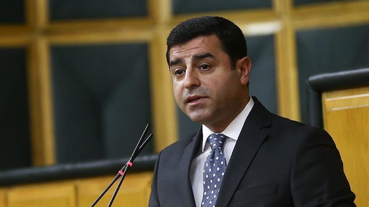 SON DAKİKA! Eski HDP Eş Genel Başkanı Selahattin Demirtaş'a 3 yıl 6 ay hapis!