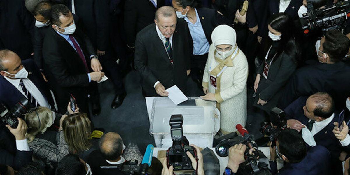 Son dakika   Sürpriz isimler dikkat çekti! İşte AK Parti'nin yeni yönetim kadrosu...