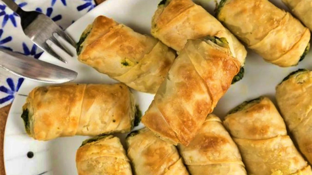 Gelinim Mutfakta Tavuklu Ispanaklı Börek tarifi | Tavuklu Ispanaklı Börek nasıl yapılır? Malzemeleri nelerdir?