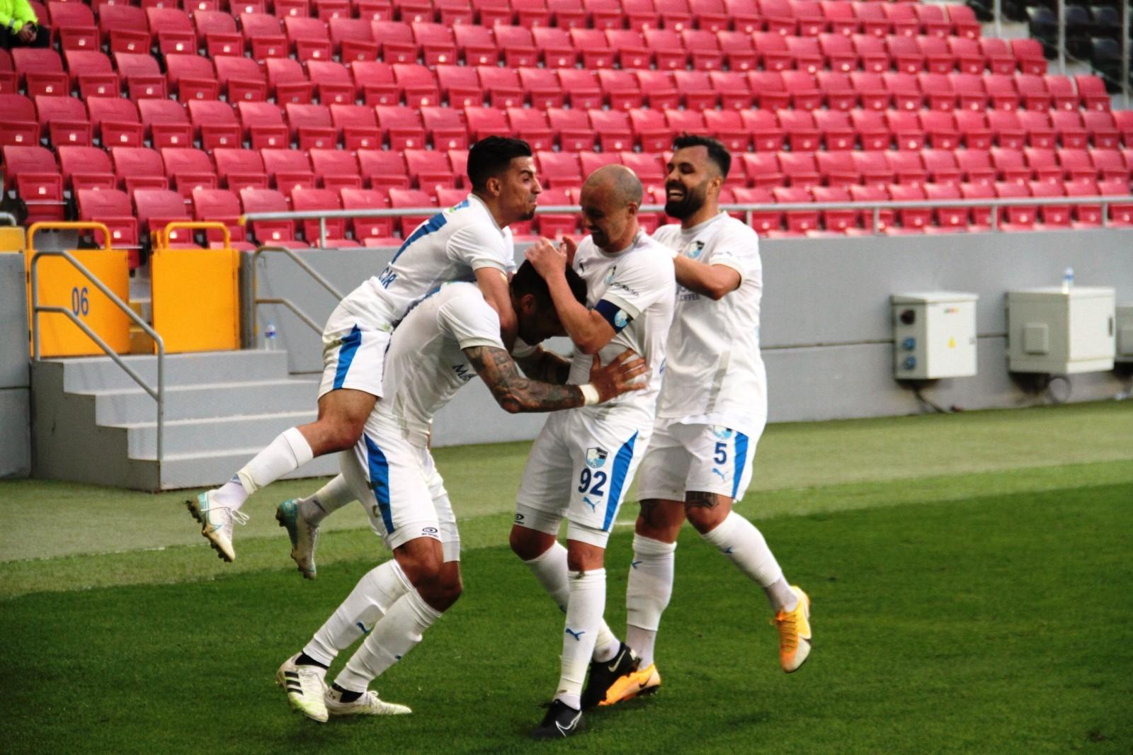 Umutları tükenmek üzere! BB Erzurumspor 9 haftadır kazanamıyor