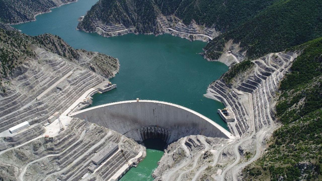 Çoruh'un gerdanlıklarından ekonomiye büyük katkı! Barajlardan ekonomiye 20 milyar 291 milyonluk kazanç