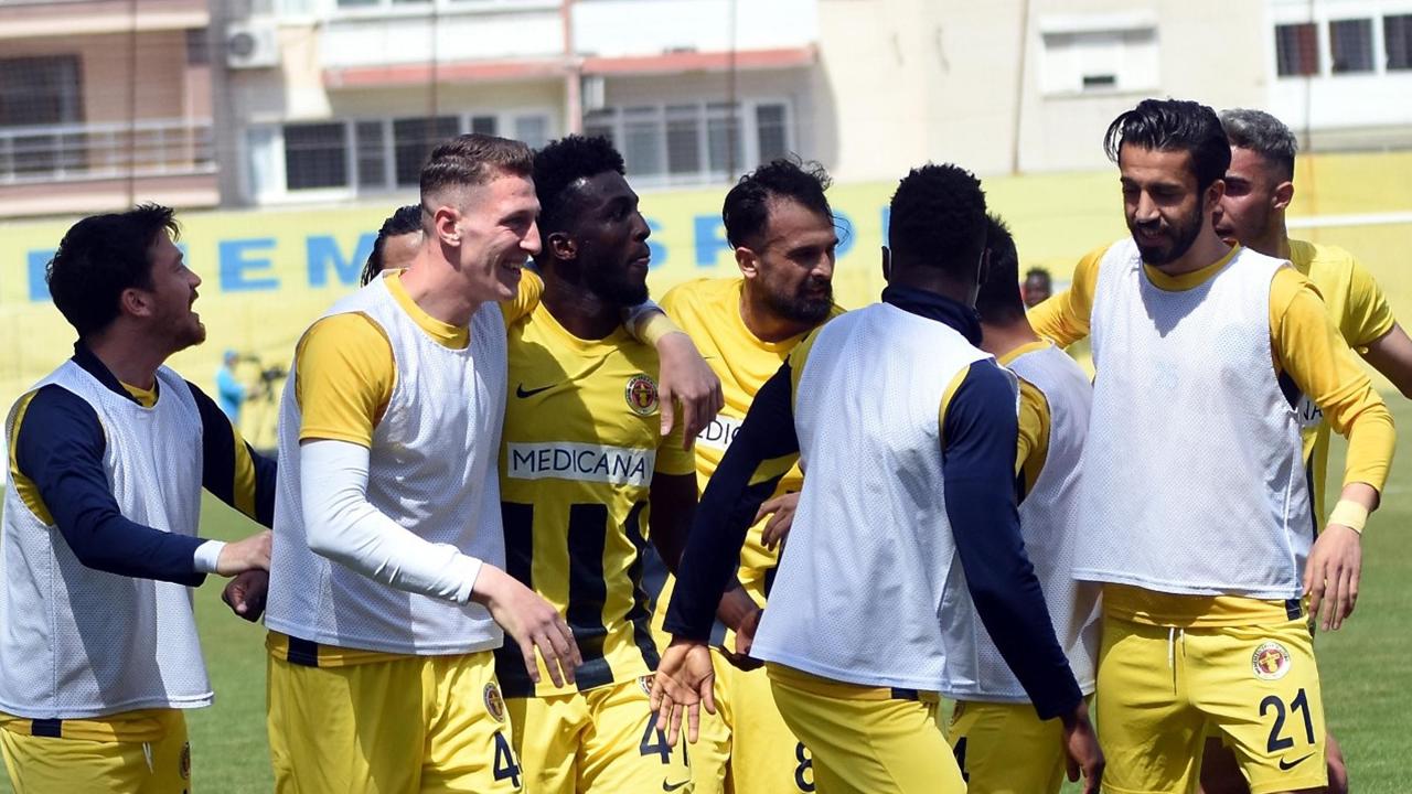 Yine berabere kalındı! Menemenspor  6 maçında 5. beraberliği aldı