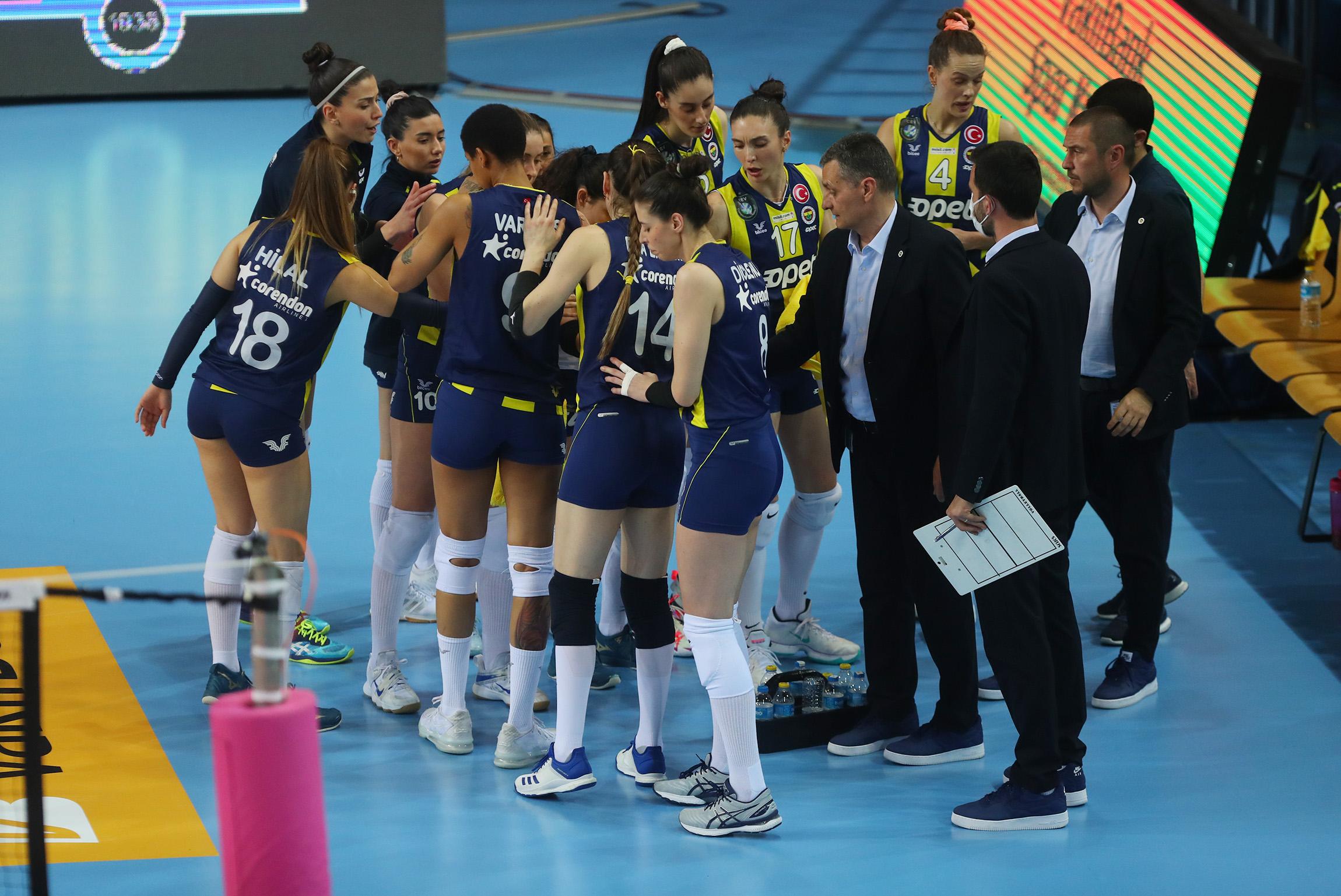 Koronavirüs şampiyonluktan etti: 12 vaka!  Fenerbahçe Opet, Vakıfbank maçına çıkmayacak