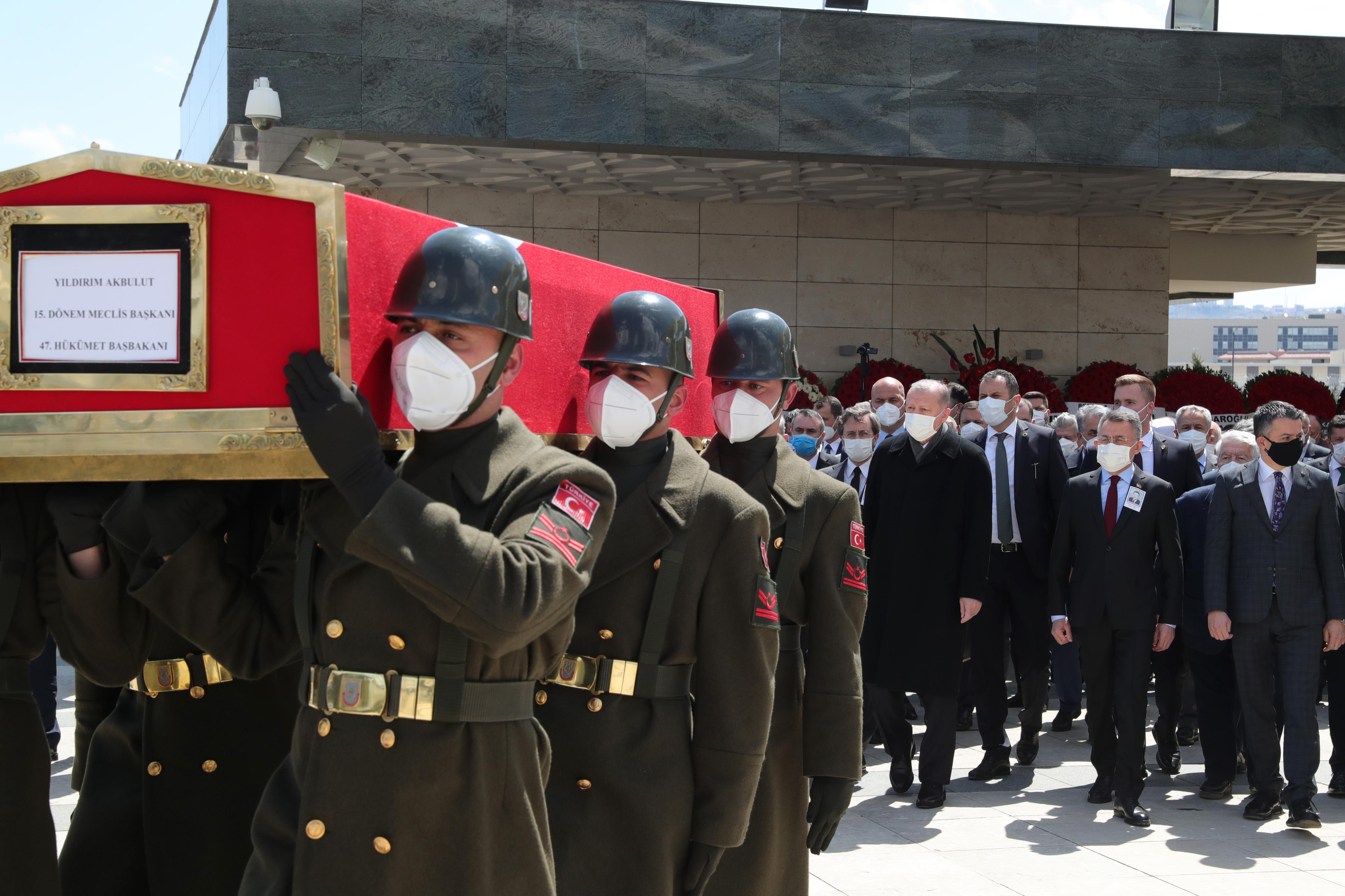 Eski başbakana son görev! Yıldırım Akbulut sonsuzluğa uğurlandı