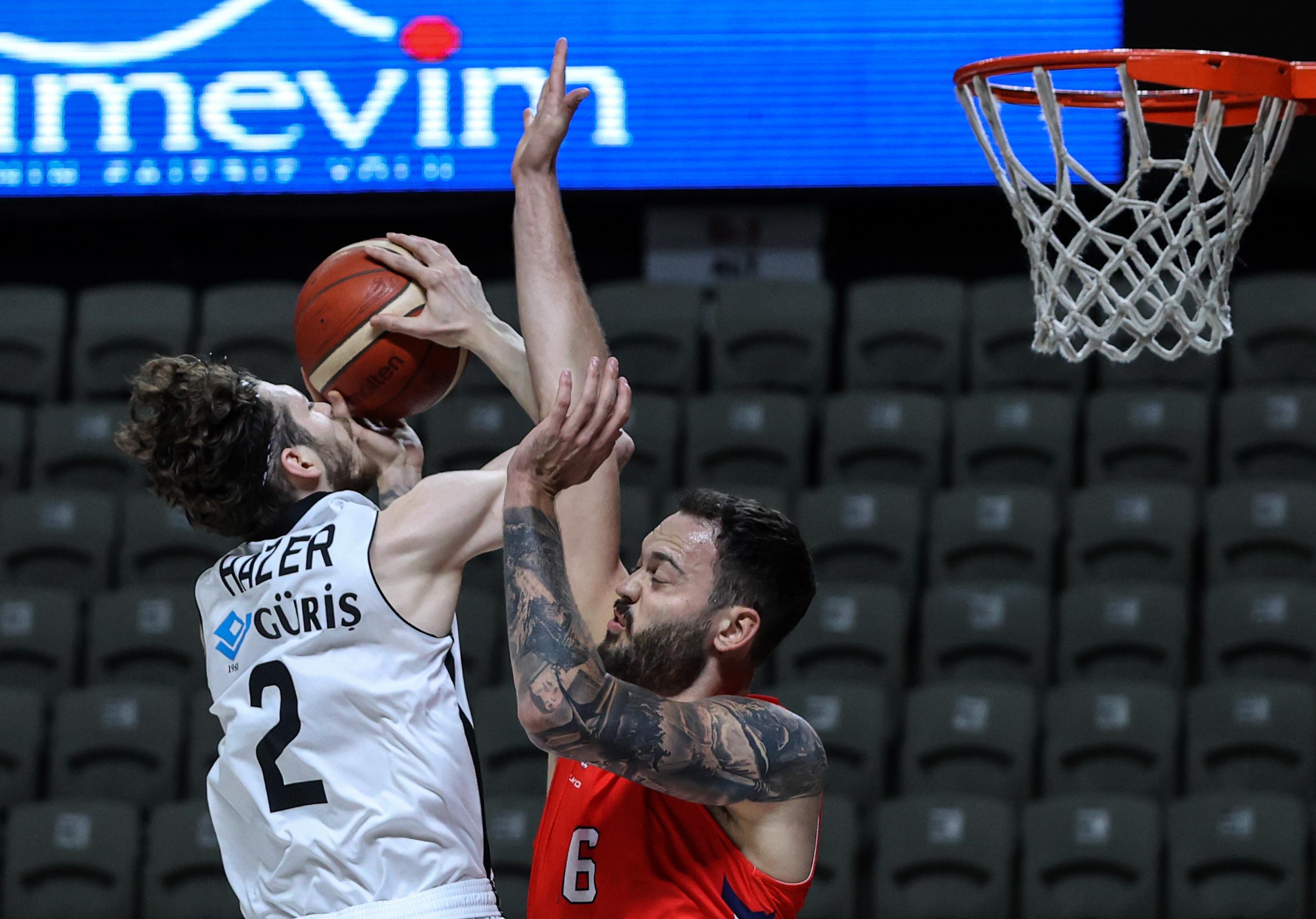 ING Basketbol Süper Ligi heyecanı! Beşiktaş Icrypex: 83 - Bahçeşehir Koleji: 77