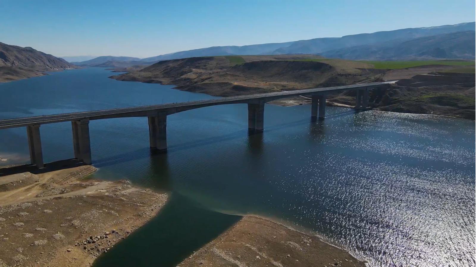 Türkiye'nin en uzun köprüleri arasında! Hasankeyf-2 Köprüsü yarın açılacak