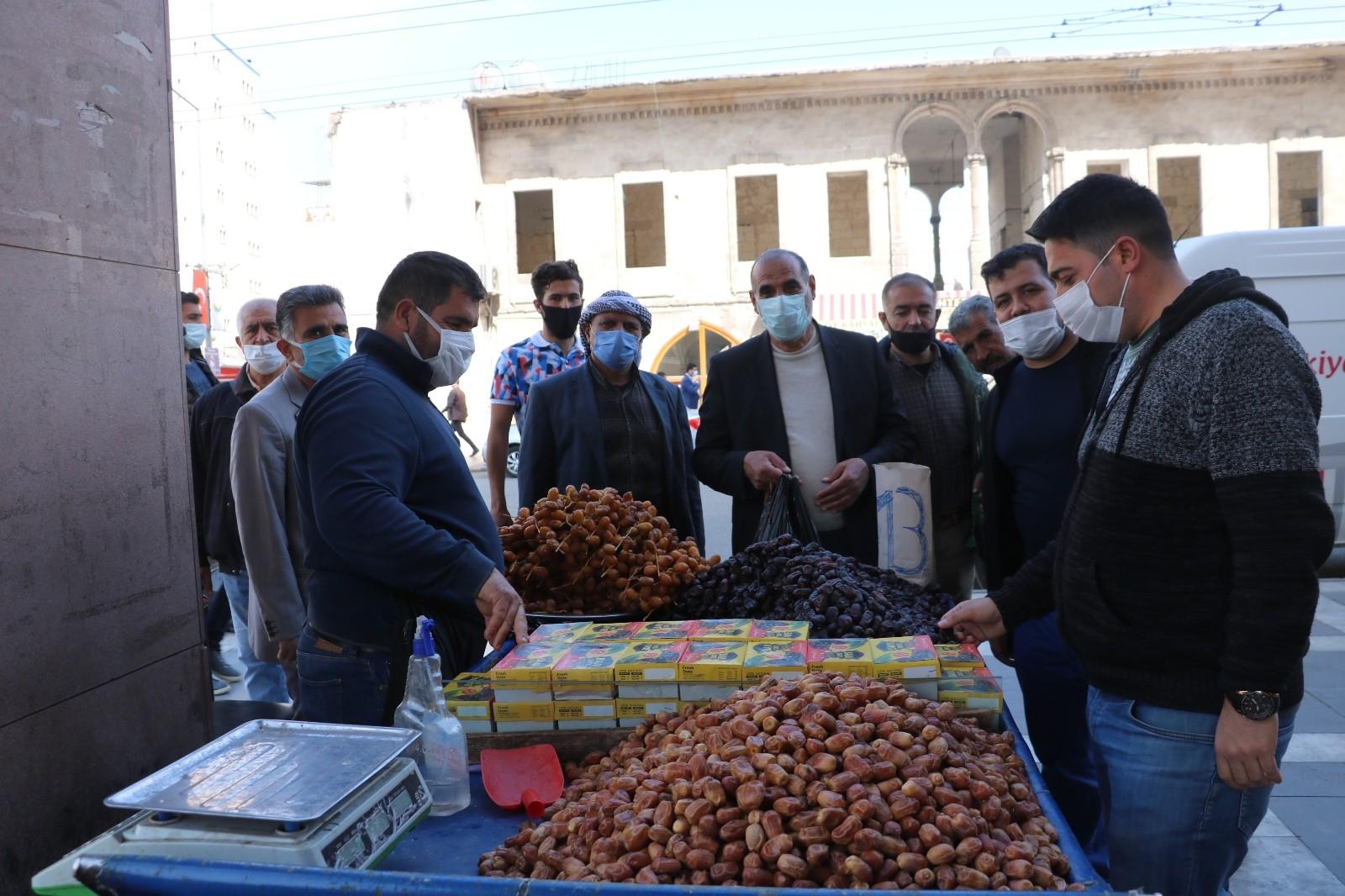 Ramazanın gelmesiyle hurma satışları tavan yaptı