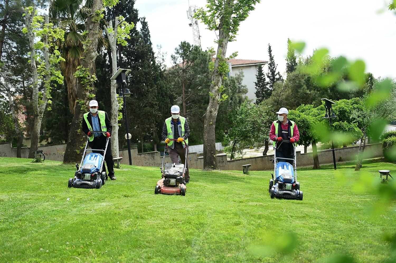 Kahramanmaraş'ın parklarında yaz hazırlığı başladı