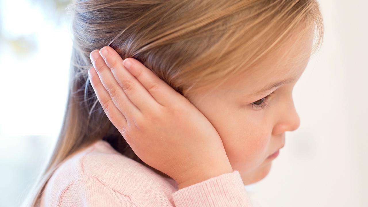 Çocuklarda işitme yetersizliğine dikkat! Sorun kulak nezlesi olabilir