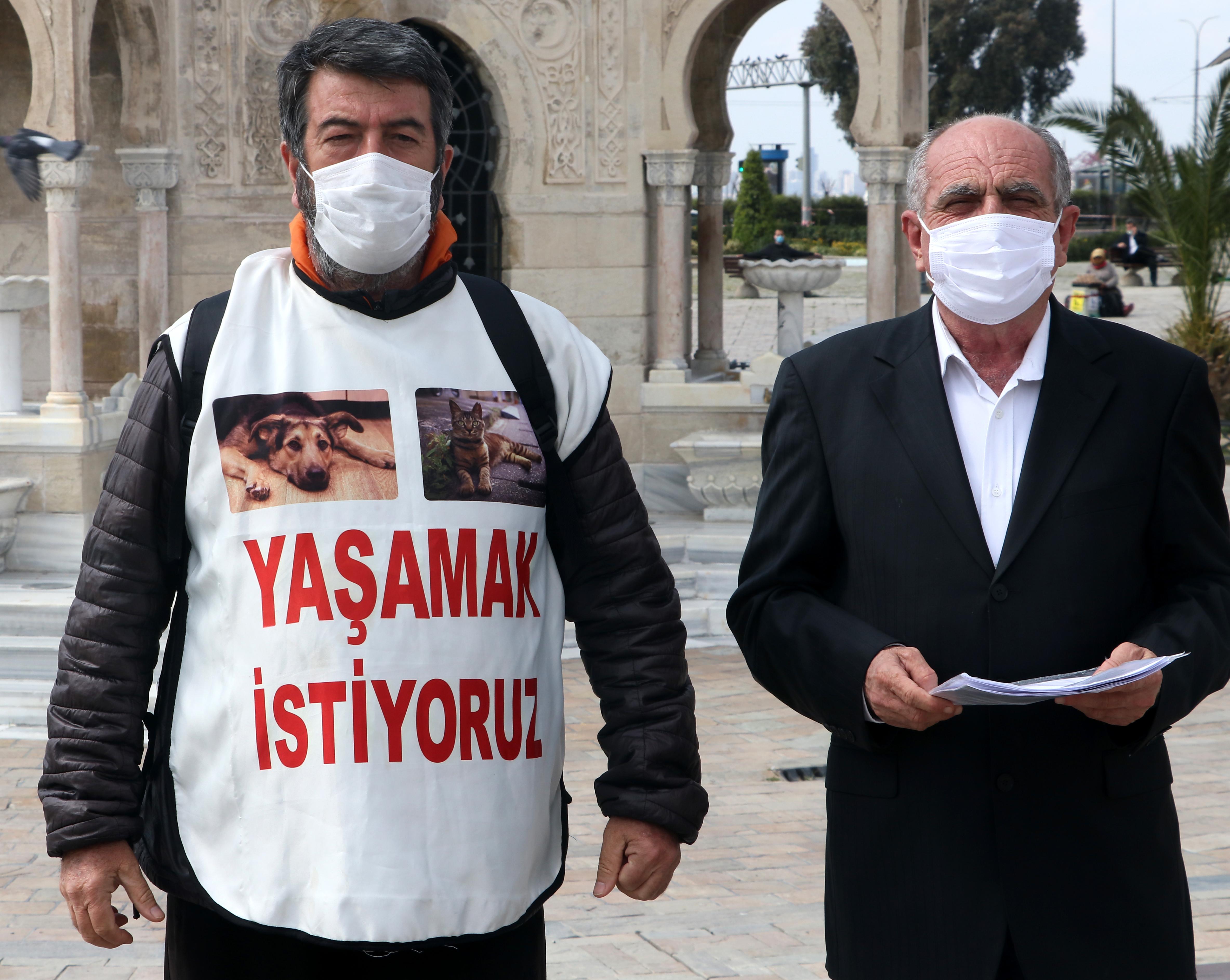 Hayvana şiddet konusuna dikkat çekmek için Mersin'den İzmir'e 30 günde yürüdü