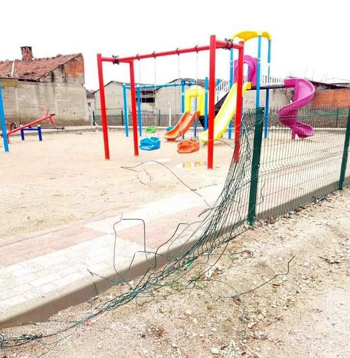 Bursa'da yeni yapılan parkı yerle bir ettiler: Vatandaşlar olayı yapanların yakalanmasını istiyor