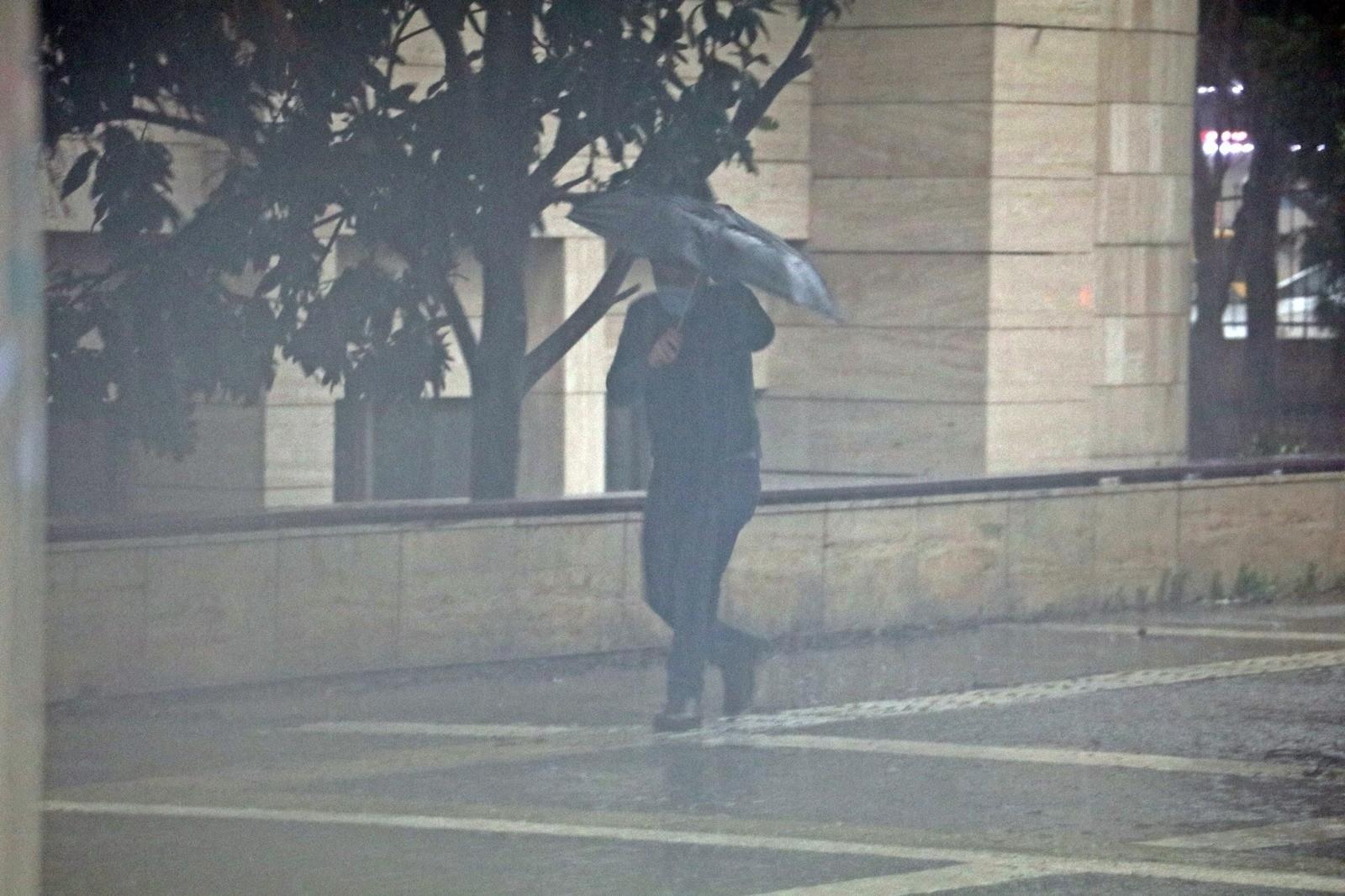 Meteoroloji Antalya'yı uyardı: Fırtınaya yakın rüzgar ve fırtına bekleniyor