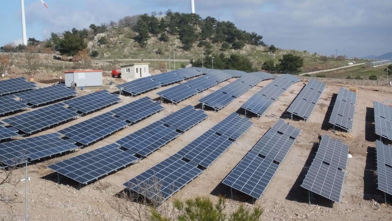 Temiz enerji üretilecek! Havran'da güneş enerji santrali kuruldu