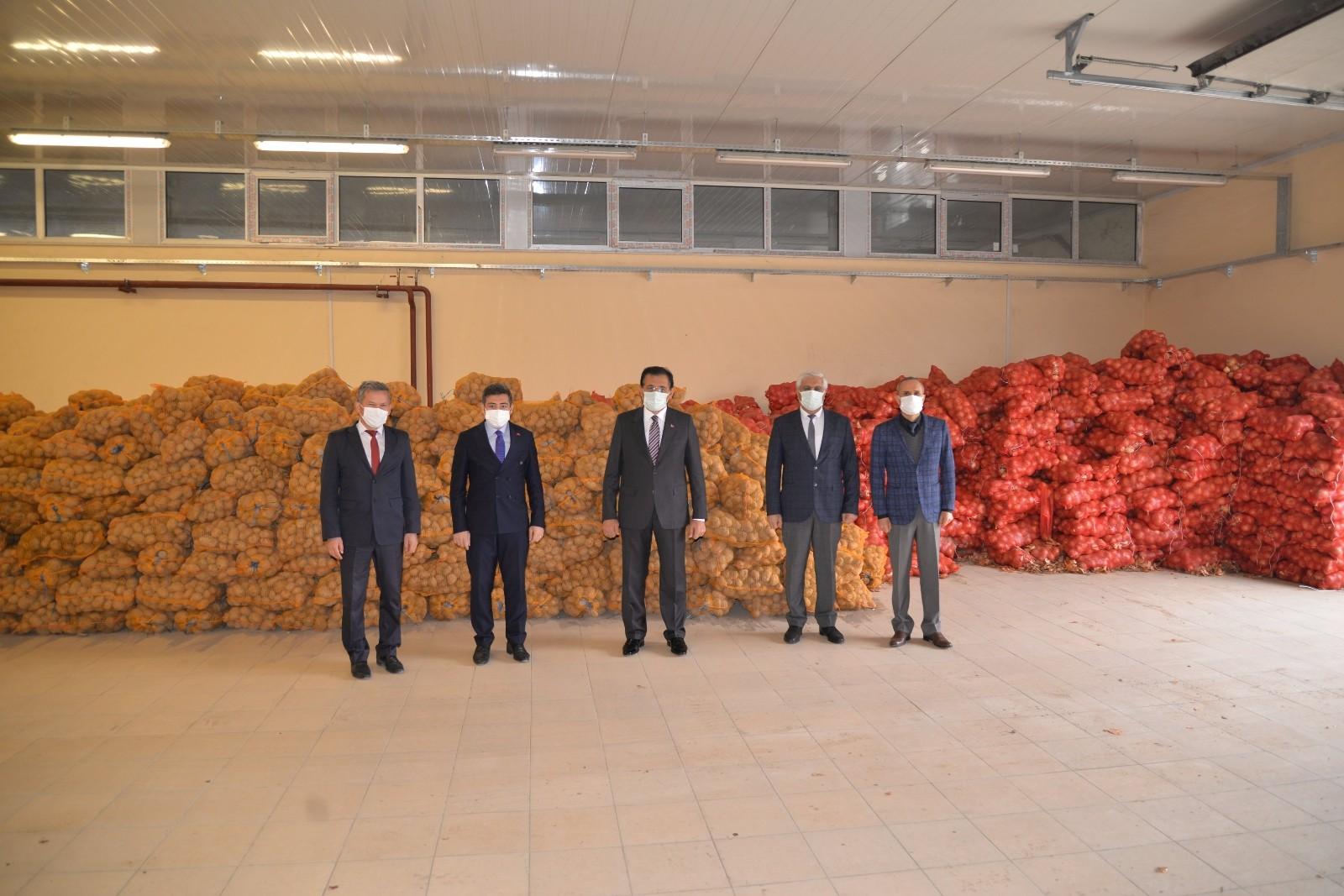İhtiyaç sahiplerine destek! Bolu'da, 500 ton patates ve 100 ton soğan dağıtılacak