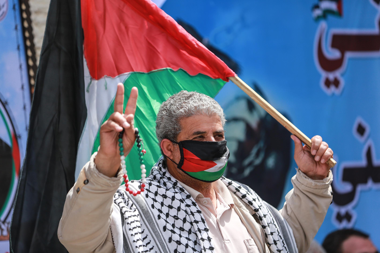 Gazzeliler seslerini duyurmaya çalışıyor! İsrail hapishanelerindeki Filistinlilere destek eylemi