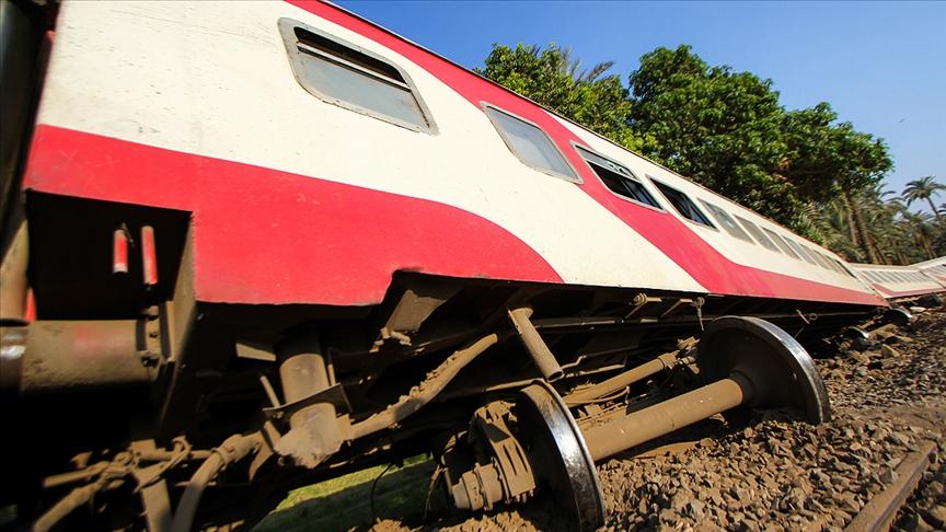 SON DAKİKA! Mısır'da tren raydan çıktı, 100'den fazla yaralı var!