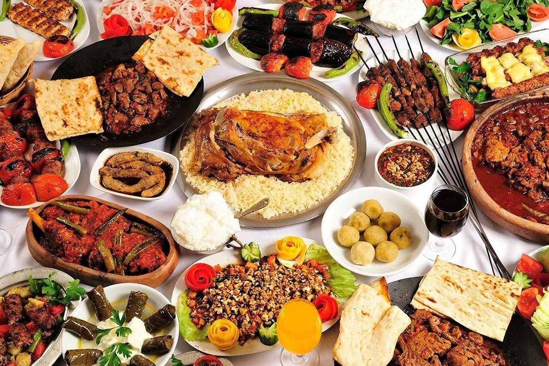 Gastroenteroloji uzmanından gastrit ve ülser sorunu olanlara 'fazla yemek' uyarısı