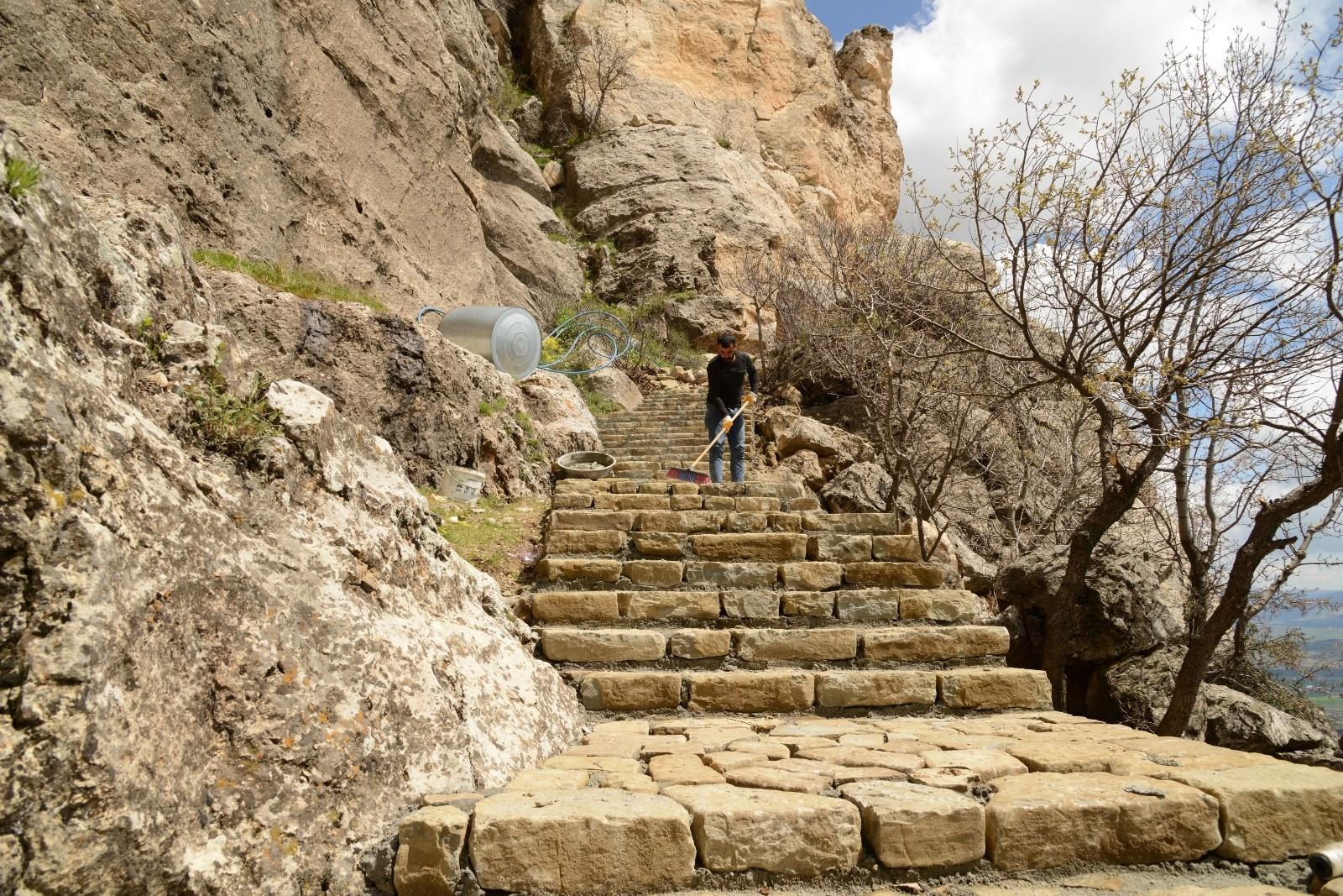 Tarih, kültür ve doğa iç içe! Ashab-ı Kehf turizme kazandırılıyor