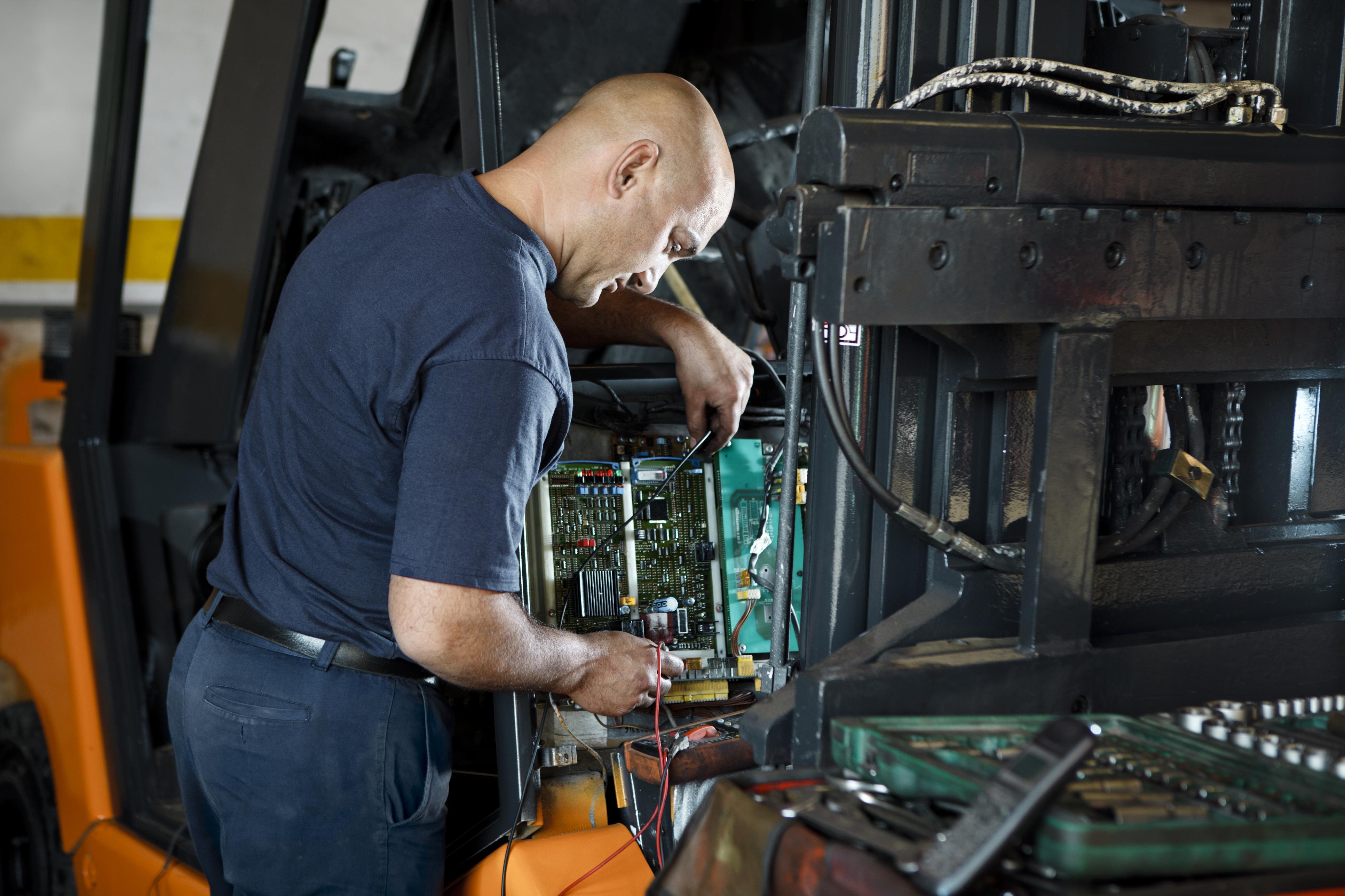 Endüstriyel Bakım Onarım Teknisyeni, Endüstriyel Elektronik Teknisyeni Maaşı Ne Kadar? 2021 Maaşları, İş İlanları
