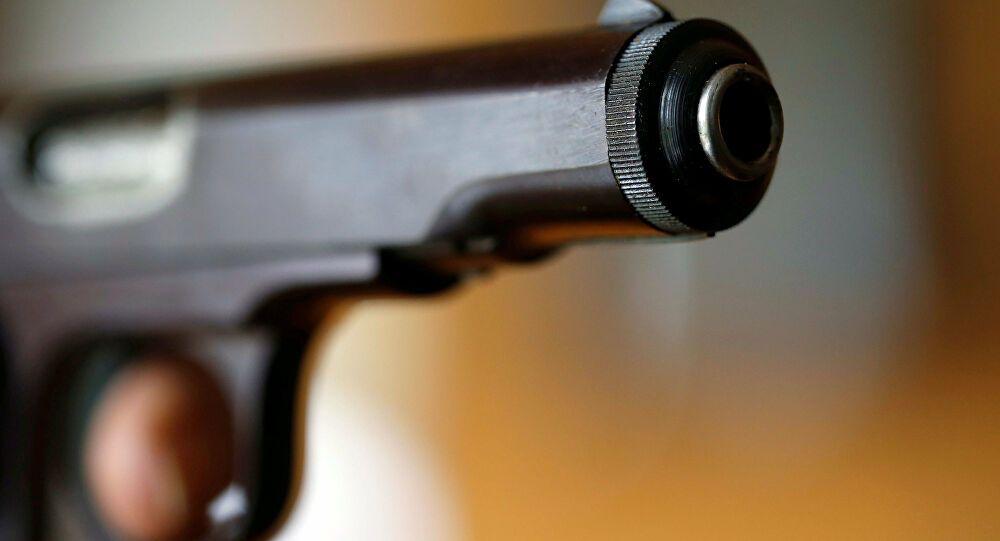 Oynadığı tabanca bir anda patladı! 8 yaşındaki kız başından vuruldu!