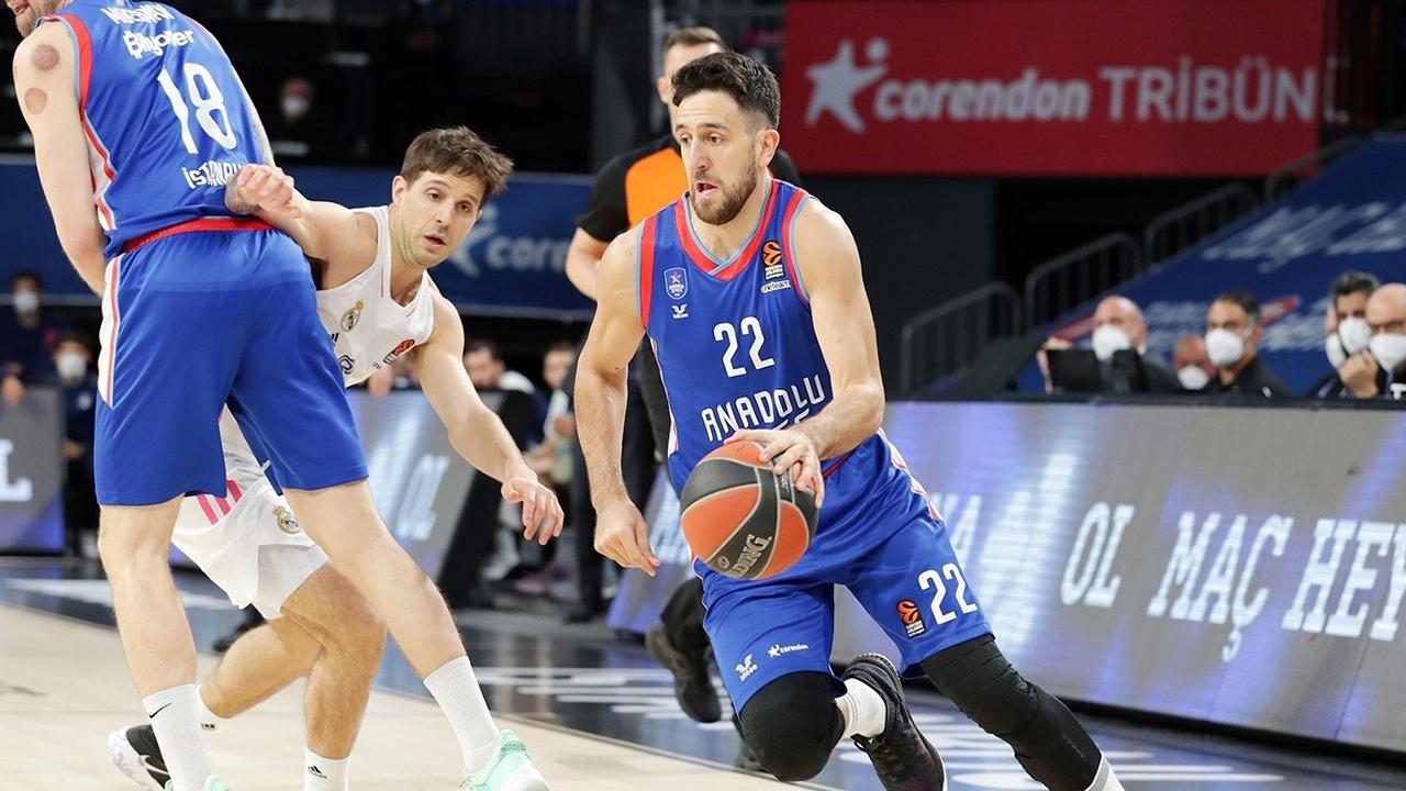 Basketbolda heyecanlı karşılaşma! Anadolu Efes - Real Madrid serisinde ikinci perde