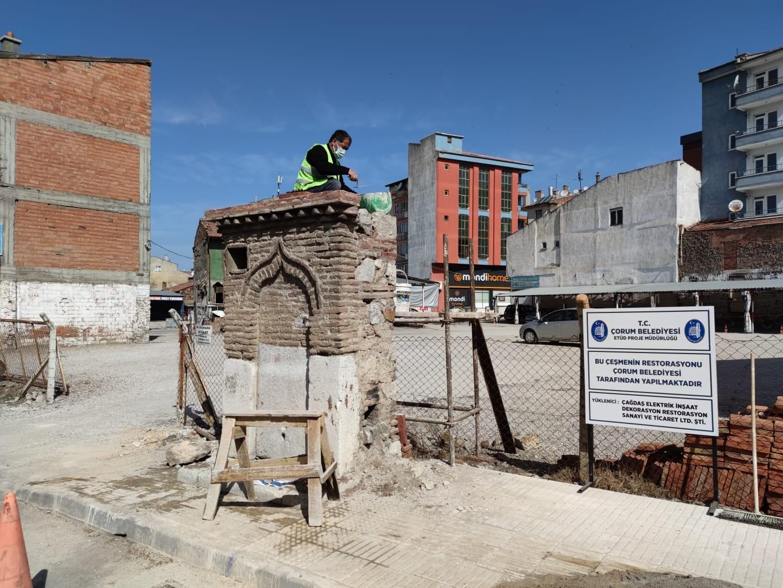 Çorum Belediyesi tarihi sokak çeşmelerini restore ediyor