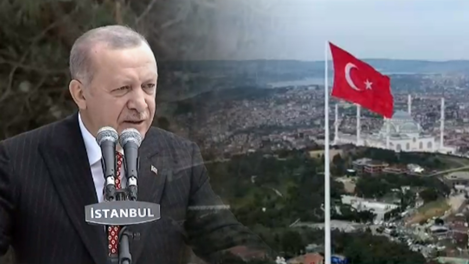 Türkiye'nin en büyük Türk bayrağı Çamlıca Kulesi'nde göndere çekildi!