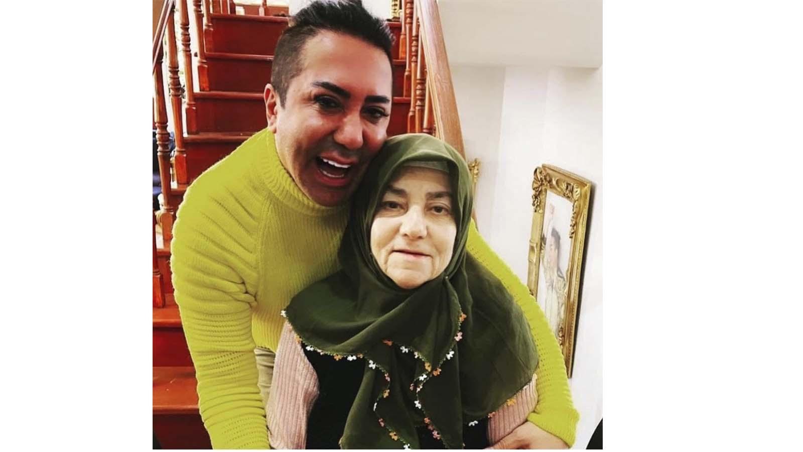 Murat Övüç'ün annesi kimdir? Öldü mü? Kaç yaşında, neden öldü?