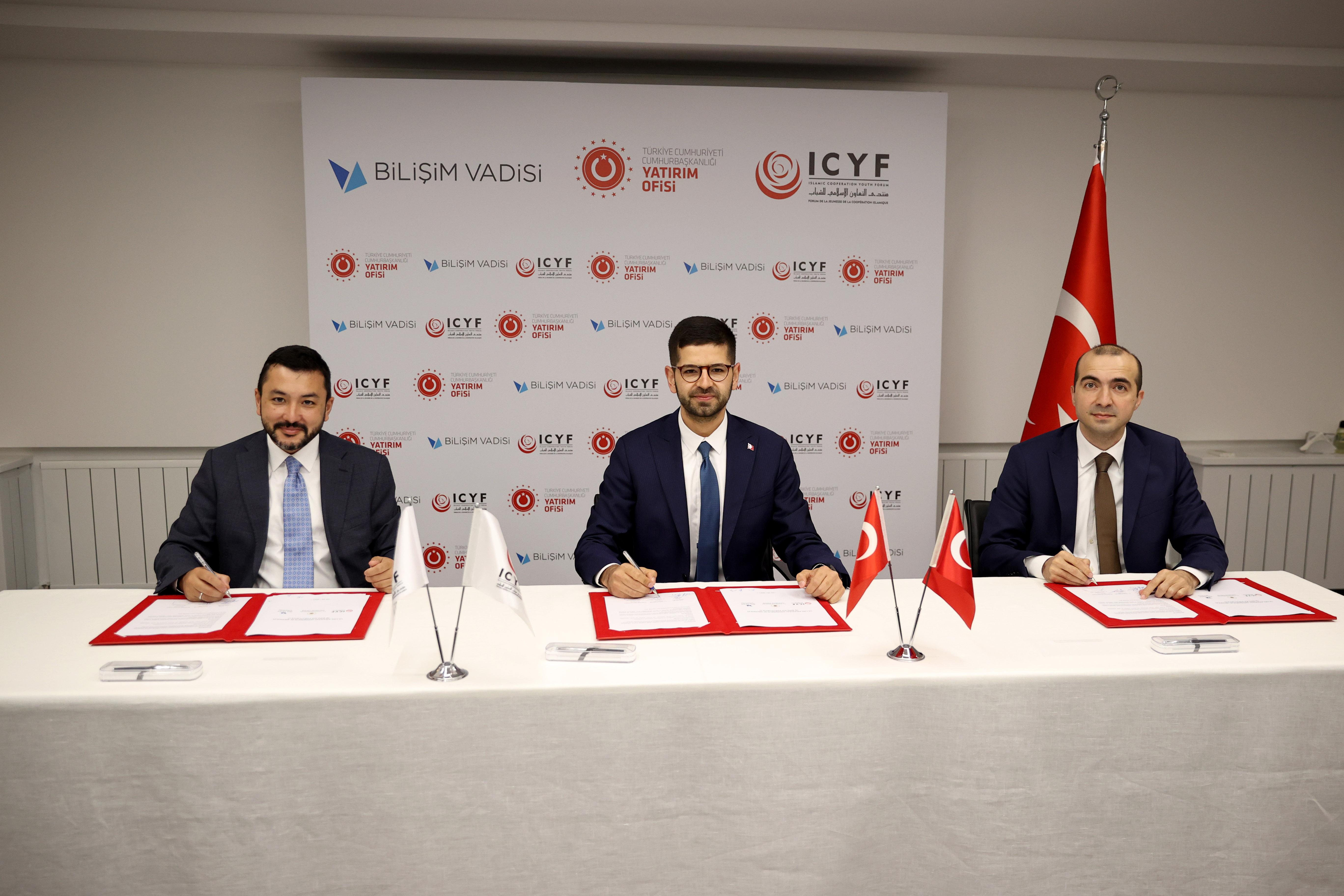 İstanbul'da Uluslararası Girişimcilik Merkezi açılıyor: Taraflar arasında imza atıldı