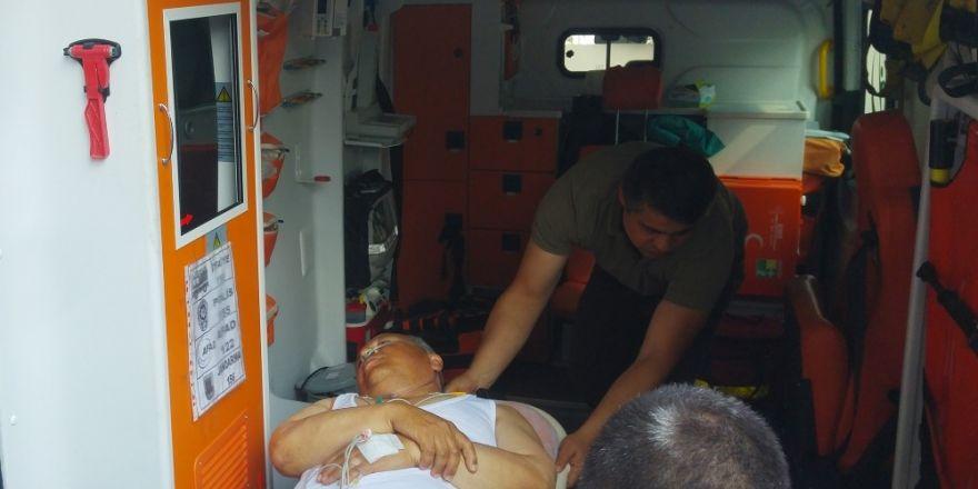 Kalp krizi geçiren belediye başkanı hastaneye kaldırıldı