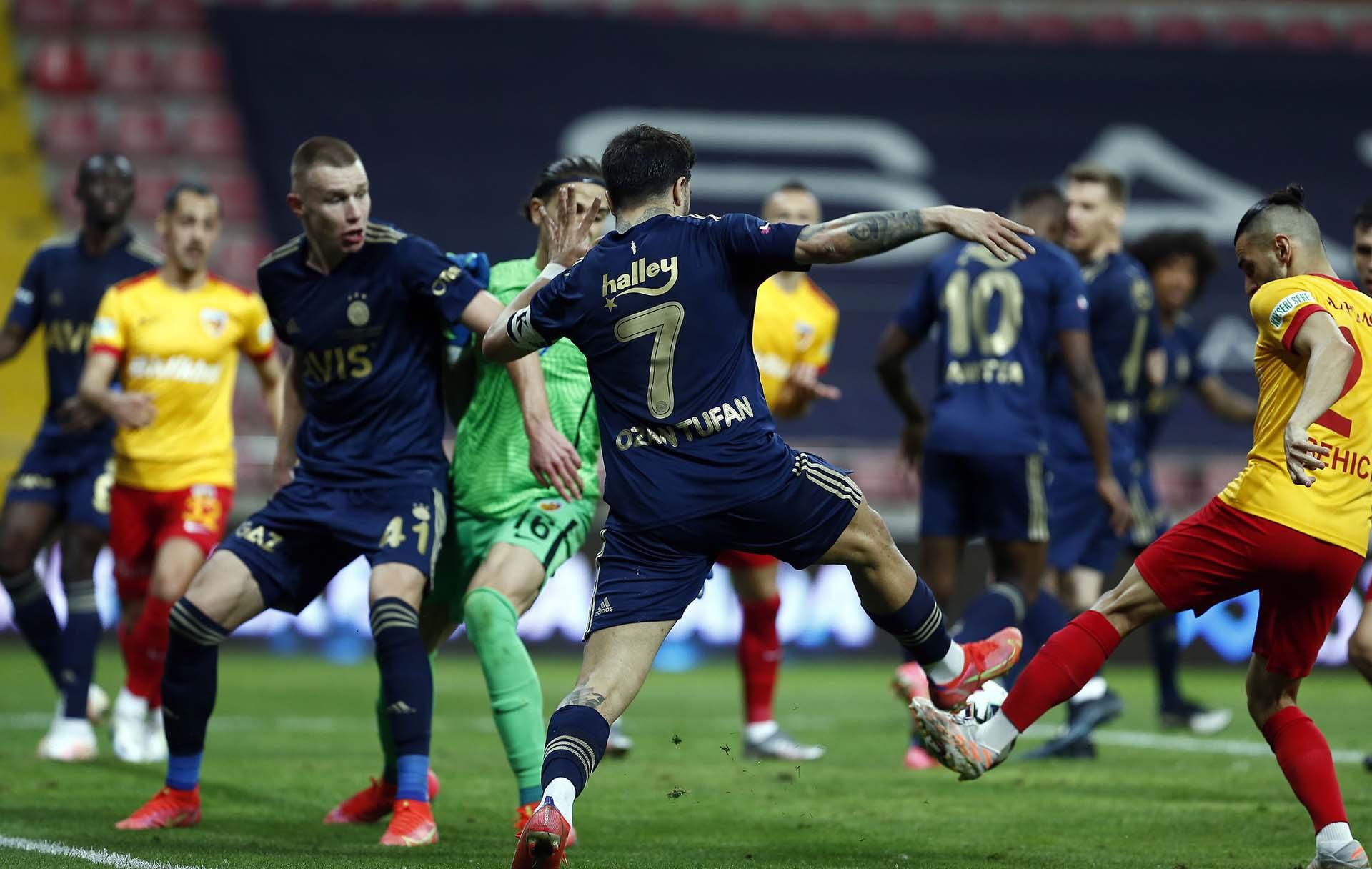 Fenerbahçe'nin kaderi Beşiktaş'ın elinde! Kartal kazanırsa Fener, Avrupa Ligine gidecek