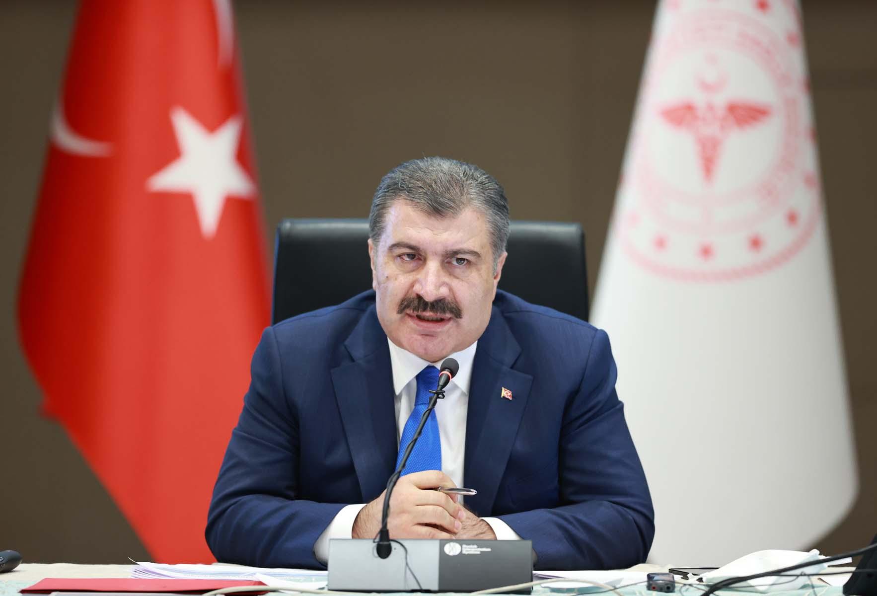 Kış döneminde yeni tedbirler gelecek mi? Sağlık Bakanı Fahrettin Koca'dan Bilim Kurulu toplantısı sonrası flaş açıklama