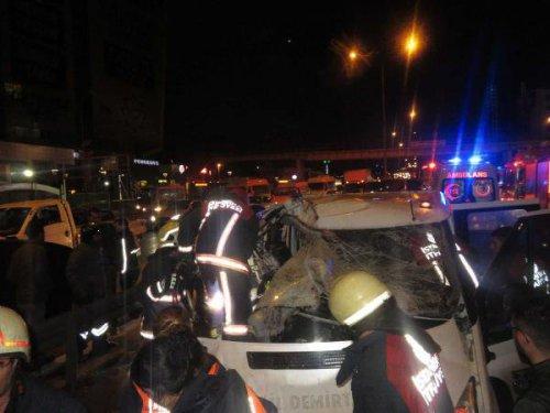 Kartal'da Trafik Kazası 4 Yaralı