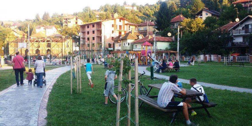 İzmit Belediyesi Travnik'e park yaptırdı