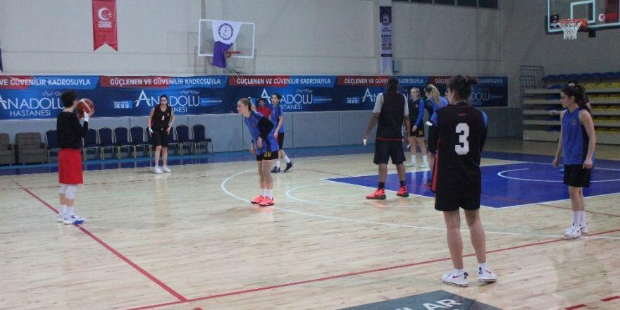 Elazığ İl Özel İdarespor, Orduspor maçı hazırlıklarını sürdürüyor