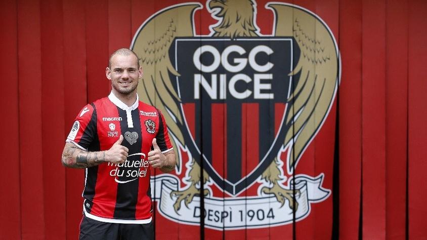 """Sneijder: """"Kupalar kazanmak için Nice'deyim"""""""
