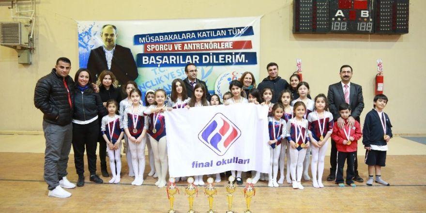 Final Okulları jimlastikte 5 dalda 4 birincilik elde etti