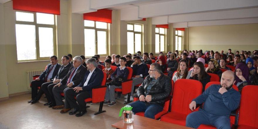 Öğrencilere Belediye Başkanlığı anlatıldı