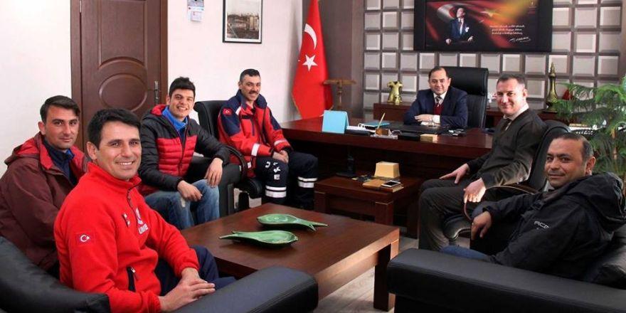 EYOF'da görev alan UMKE ekibi Sağlık Müdürü Kılıç'ı ziyaret etti