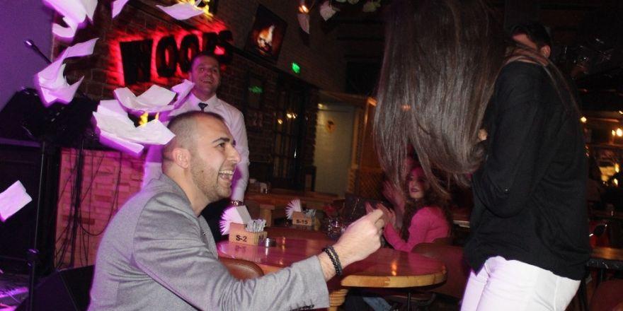 Denizli'de sürpriz evlilik teklifi