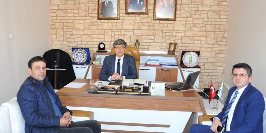 Pazaryerililer Dernek Başkanı Şahinoğlu, Başkan Yardımcısı Avcıoğlu'nu ziyaret etti
