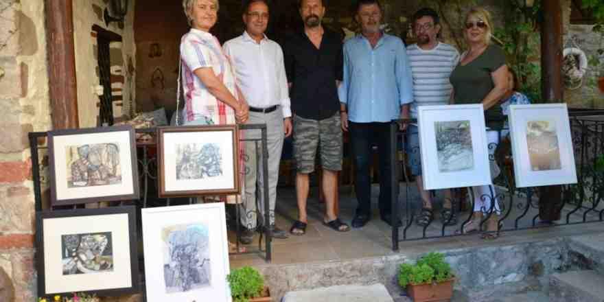 Kültür ve Sanat kenti; Küçükköy'de sergi açılışları