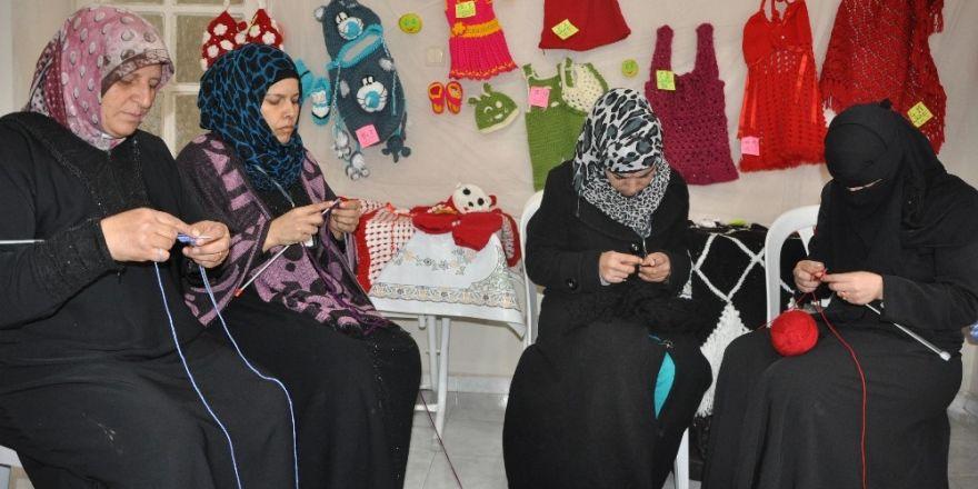 İç savaş mağduru kadınların Reyhanlı'da ekmek mücadelesi