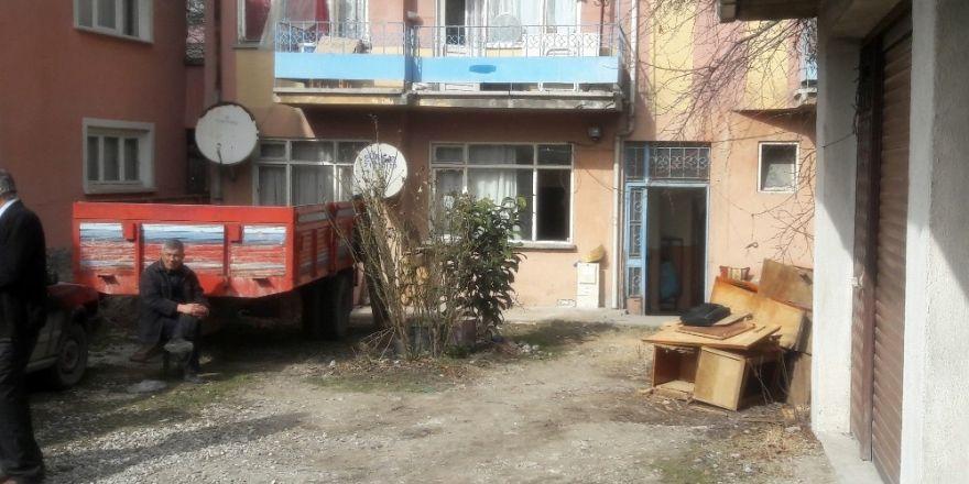 Bolu'da yalnız yaşayan adam evinde ölü bulundu