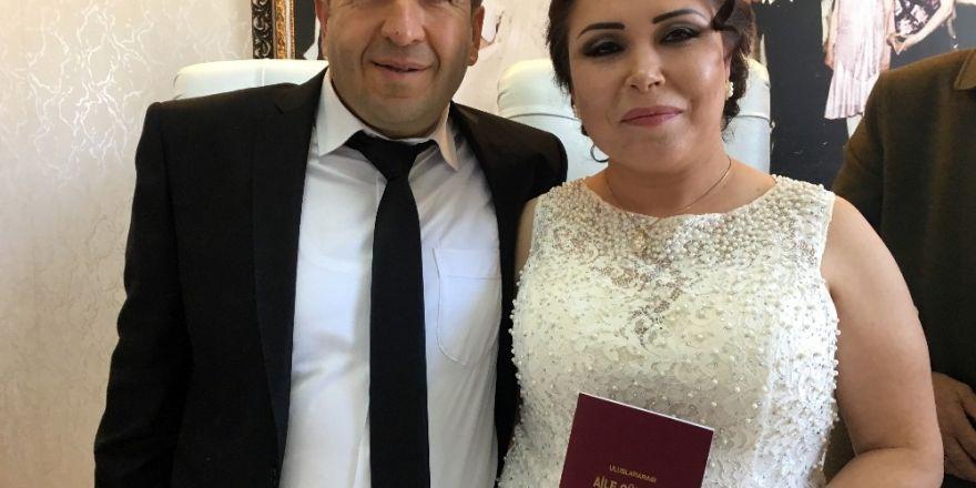 Vizesi varken uçağa alınmayan damat düğününü kaçırdı