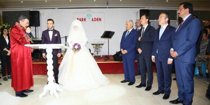 Başbakan Yıldırım 15 Temmuz gazisinin nikah şahidi oldu