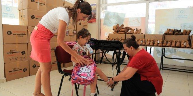 Gaziemir'de öğrencilerin yüzü gülüyor