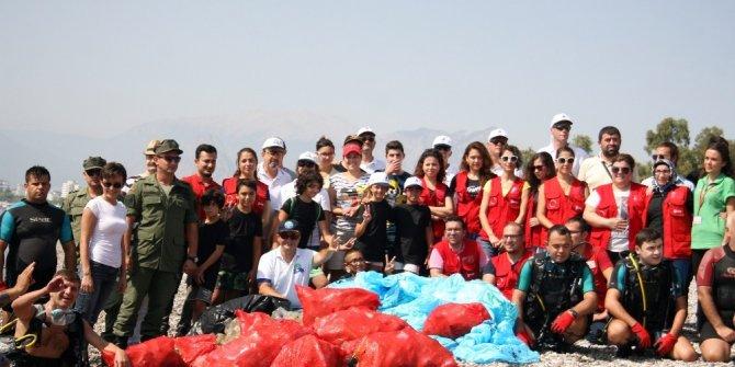 Konyaaltı'nda uluslararası kıyı temizliği