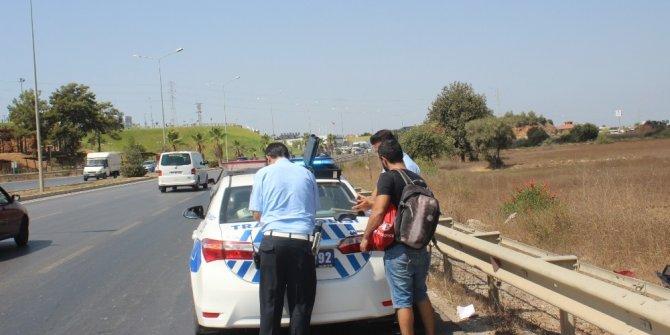 Manavgat'ta otomobil takla attı: 1 yaralı